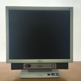 中古一体型パソコン (型番:FMV-K5260,商品ID:69)