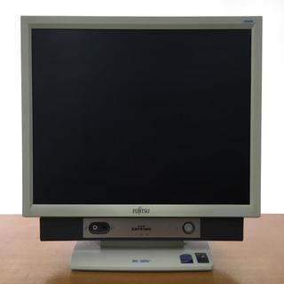 中古一体型パソコン (型番:FMV-K5250,商品ID:74)