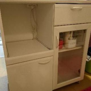 食器棚 白色