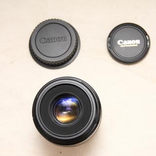 『必需品』 キャノン用マクロレンズ EF-S 60mm F2.8...