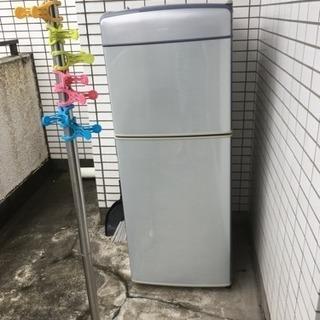 冷蔵庫あげます。