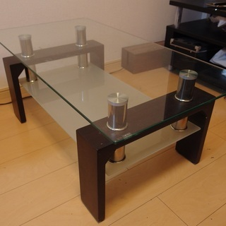 ガラステーブル 無料でお譲りします。
