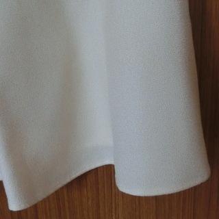 オフオン(ofuon)フレアスカート 白 ひざ丈 日本製 美品 - 服/ファッション