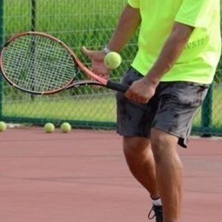 テニスレッスン(グループ、個人)