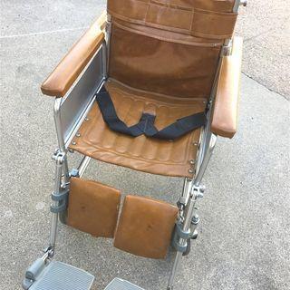 NISSIN 介護用車椅子(大井製作所のシールあり)