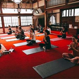 2018年 9月 1日(土曜日)体質・姿勢改善♪ お寺Yoga教...
