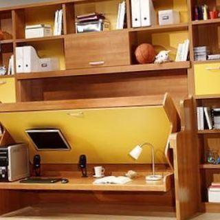 新発想!デスクとベッドを壁に収納するライフスタイル − 栃木県