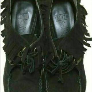 フリンジ スエード 黒 靴✴