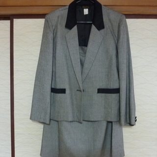 13号 白黒チェック スーツ