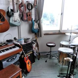 SAYA音楽教室 ドラム ギター ベース ピアノ カラオケ