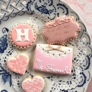 バレンタインデー アイシングクッキーレッスン 3種類のピンクのア...