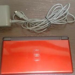 任天堂 DS Lite  まあまあ綺麗です。