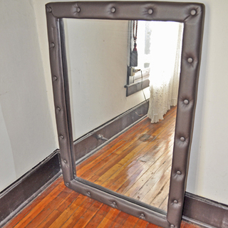クッション枠の鏡