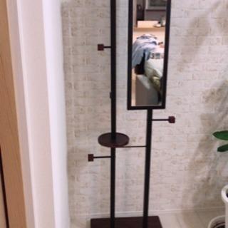カフェ風鏡付きコートハンガー