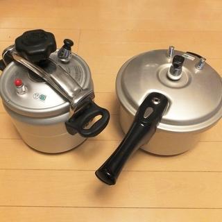 圧力鍋2つ、箱無し、数回使用