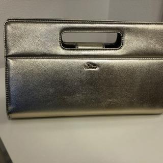【新品同様に美品】DIANAのハンドバッグ