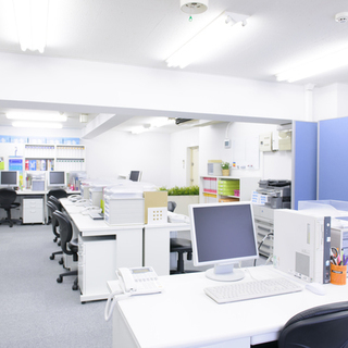 お部屋、オフィスの悪臭を消す!空間消臭施工いたします。