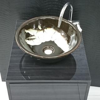 益子焼「洗面鉢」がお洒落な洗面台