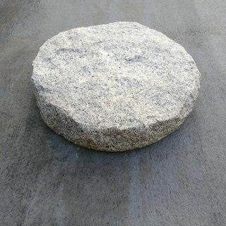 庭石譲ります。敷石、インテリアに。