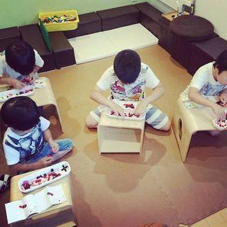 おもちゃカフェでブロックの組み方を楽しく学ぼう!