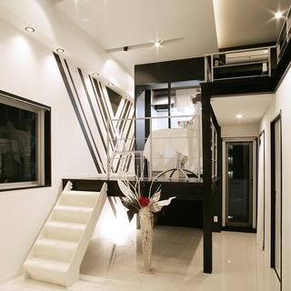 中区丸の内 お洒落で独創的なデザイナーズマンション