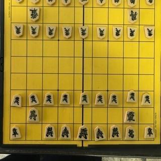 マグネット式ポータブル将棋(桂馬が1つありません)