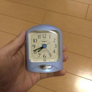目覚まし置き時計