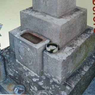 お墓のクリーニング 石材クリーニング タイルクリーニング
