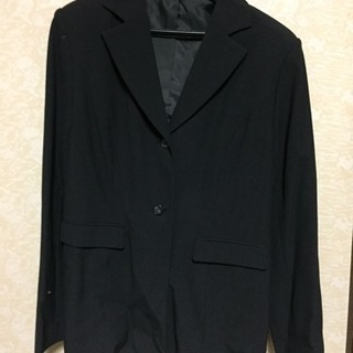 【大きいサイズ】13号濃グレーのスーツ‼︎