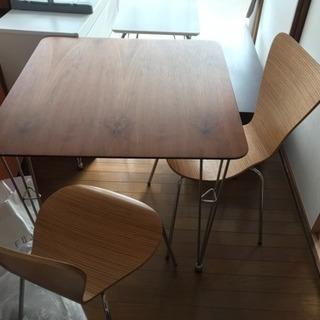 テーブル・椅子セット