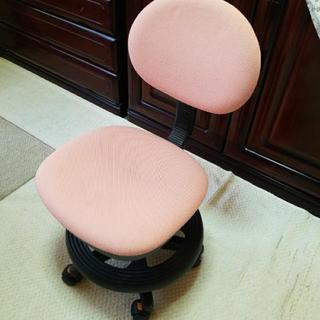 キャスター付き 回転椅子