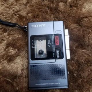 ふるいSONYのカセットレコーダー