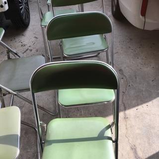 椅子、長テーブル売ります。