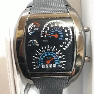 【新品】スピードメーターのような腕時計