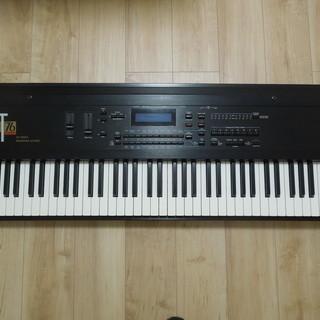 札幌 ◆ENSONIQ ◆KT76 ◆本格ピアノ鍵盤搭載のエンソニ...