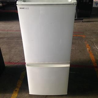▲ひとり暮らし用 SHARPシャープ137L 2ドア冷蔵庫 ホワイ...