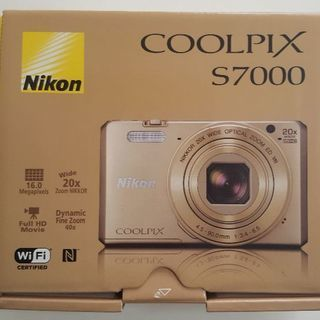 Nikonデチタルカメラ COOLPIXS7000 ゴールド (美...