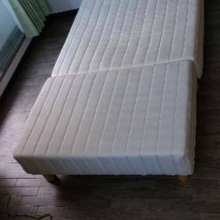 脚つきシングルマットレス ベッドカバー