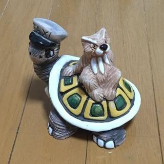ウルグアイ 製 亀 タクシー 置物 陶器 セラミック