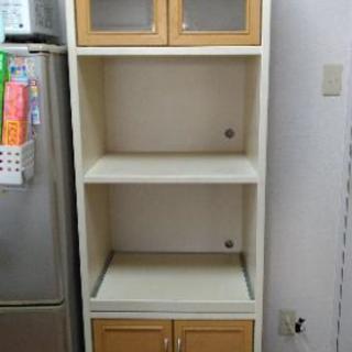 【1/22締切・0円】食器棚 レール付き コンセント付き【難あり】