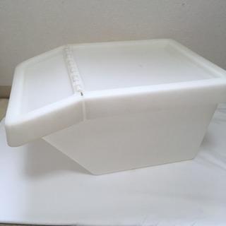 IKEA SORTERA  プラスチックケース 蓋つき