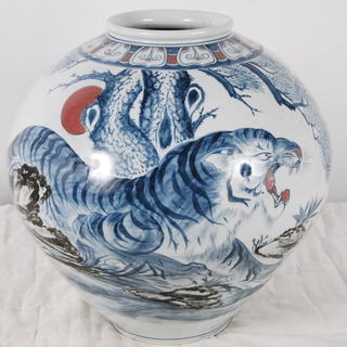 美品 大壺 花瓶 海東 在銘 トラ 虎 直径 染付 43cm