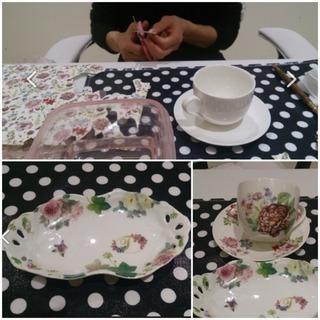 ポーセラーツで自分用のカップ&ソーサーとお孫チャン用のお皿を作ら...