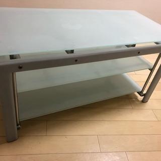 ガラス ローテーブルの画像