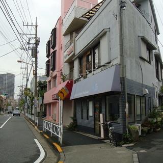 墨田区京島3丁目 土地付一軒家3階建 売ります