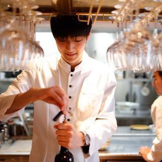 日本橋コレド室町のイタリアンレストランでホールスタッフを大募集中です。