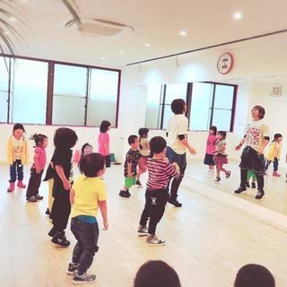 3歳〜リトルクラス大募集☆ママがやってるアットホームなダンススタジオ
