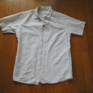 ユニクロ メンズ半そでシャツ ベージュ(麻という感じの色)