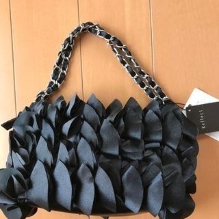 【新品・未使用品】Reflectのチェーンハンドバッグ