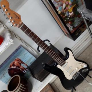【リブラ店】🎸 Photmjenic ストラトキャスターモデル ギター